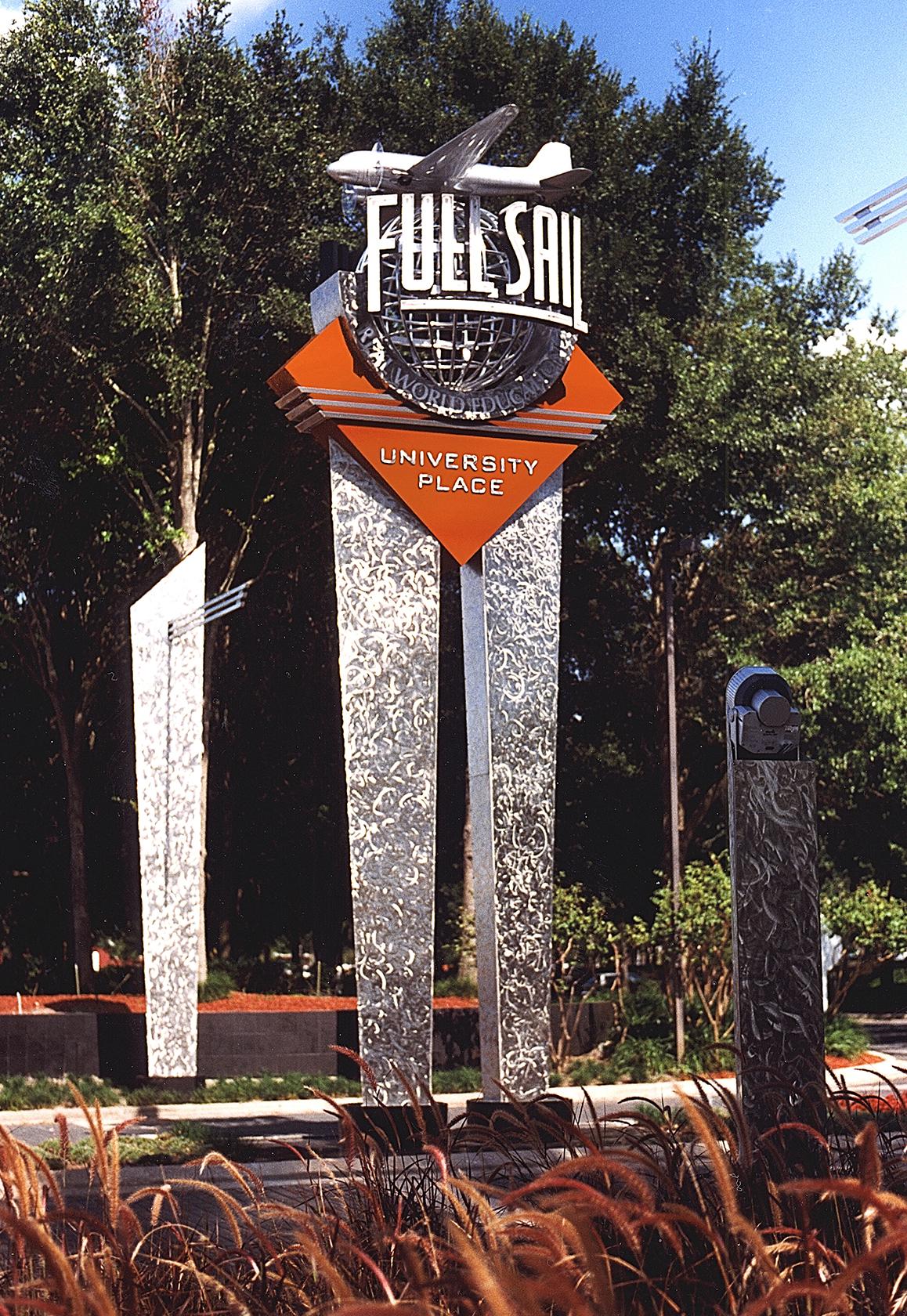 Full Sail Main Pylon Fixed
